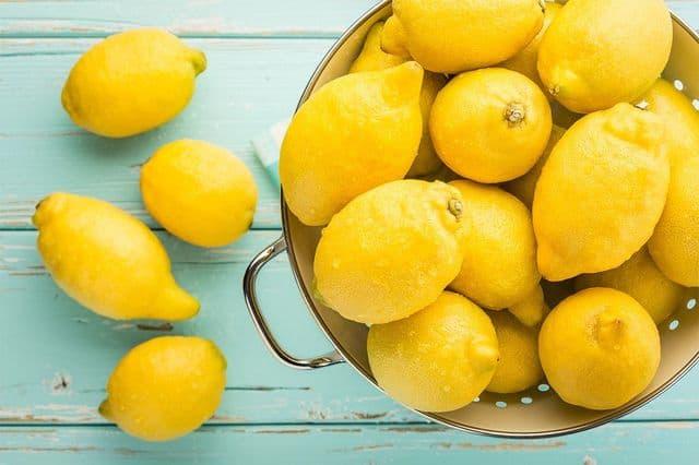 Лимон повышает или понижает давление: ответы